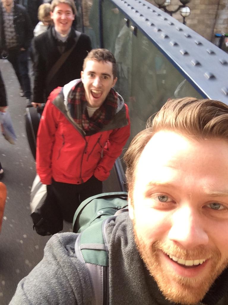 Matthew, Andy og Kristian på vei til SYMPOSIUM